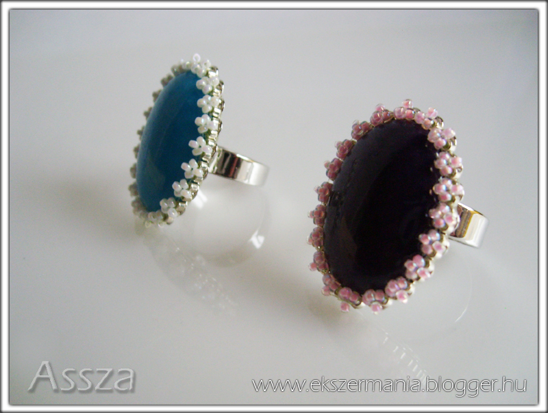Gyűrű gyűrűalapon ásványokkal