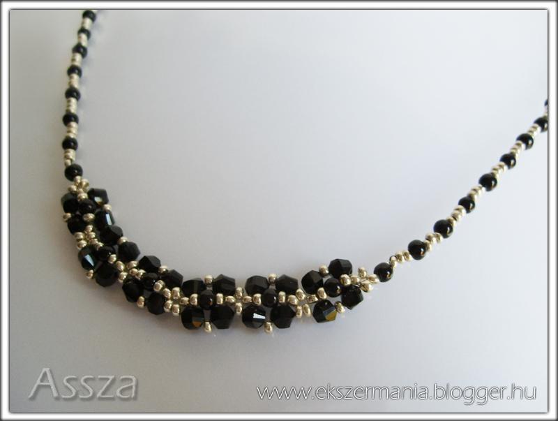 Fekete-ezüst nyaklánc