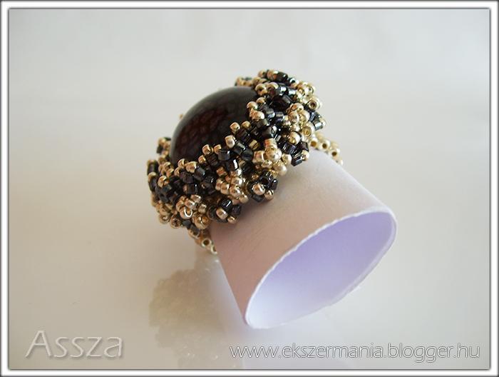 Befoglalás díszítése: medál és gyűrű