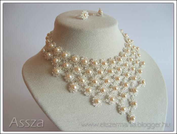 Esküvői gyöngy-ékszerek: nyakék és fülbevaló