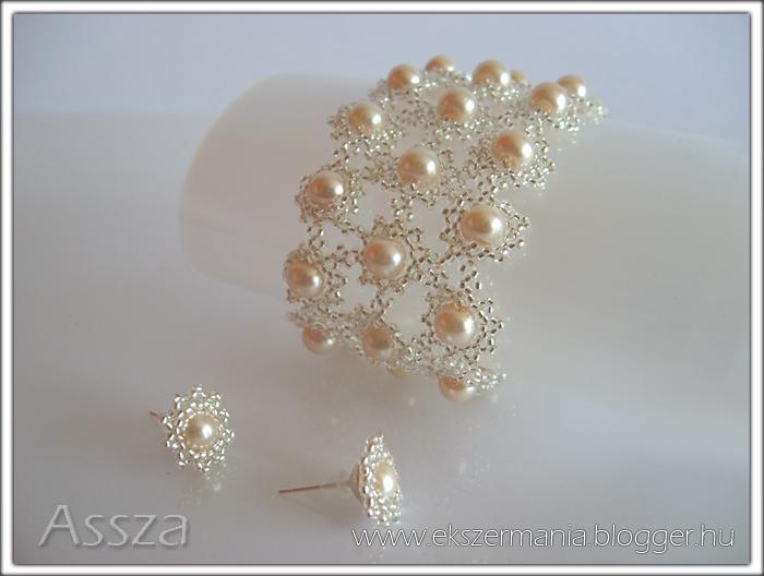 Esküvői gyöngy-ékszerek: karkötő és fülbevaló