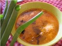 az improvizált leves