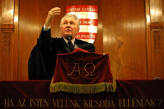 Prof. Dr. Hegedűs Lóránt püspök